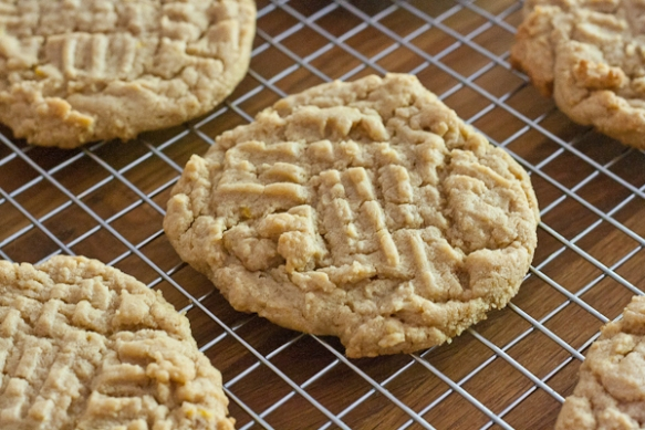 Visit the Stiles Switch Sale site for peanut butter cookies and other baked goods from food blogger Stetted! Food bloggers are baking for all eight sale sites, and we'll post many of their recipes here following the sale.