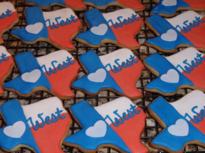 Hundreds of bakers, bloggers, volunteers and businesses across Austin need your help TODAY to raise $15,000 for recovery efforts in West, Texas. Stop by one of eight locations in Austin and Round Rock to make a gift to AmeriCares and pick up some sweets.